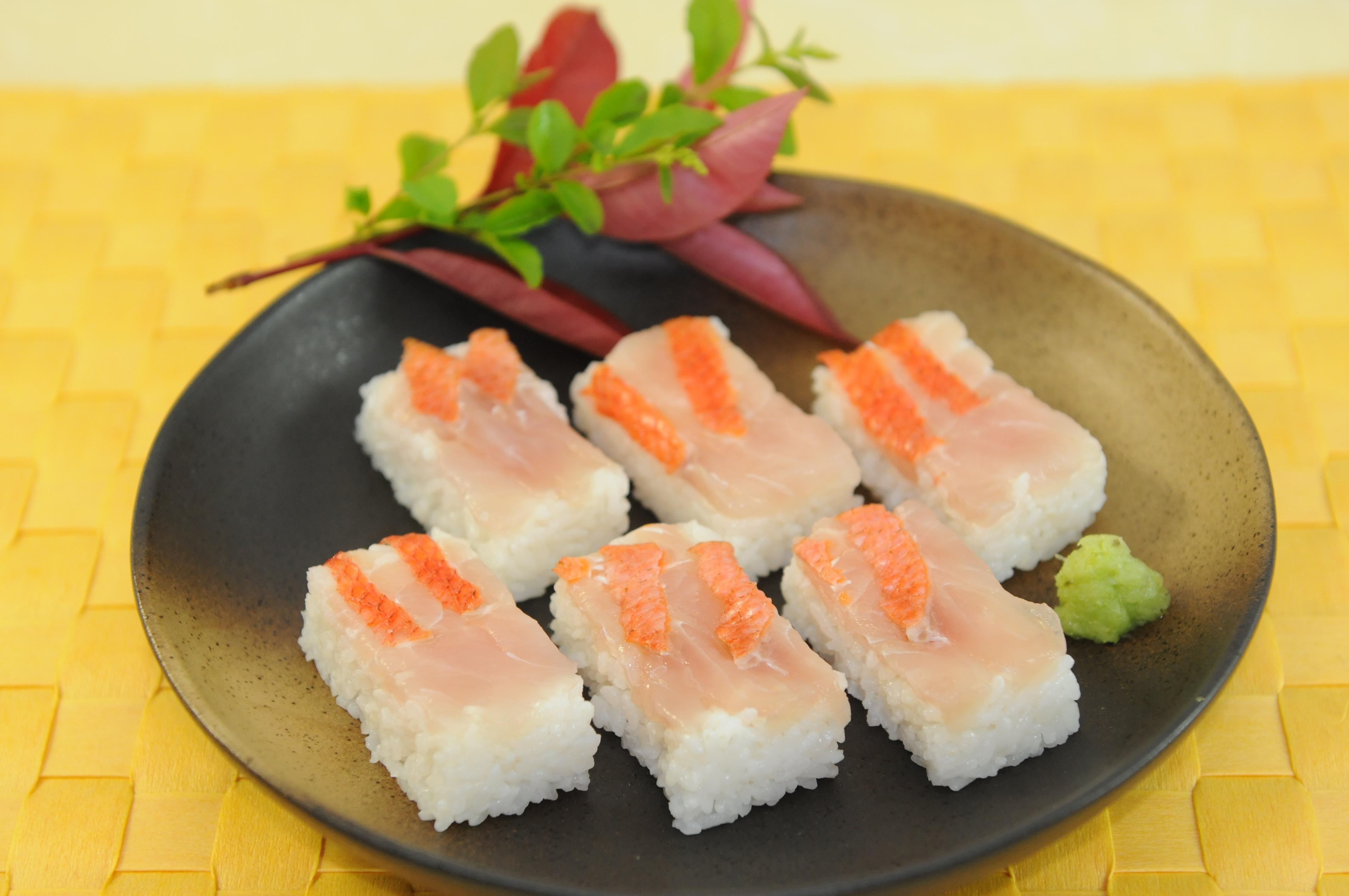 金目鯛の押し寿司